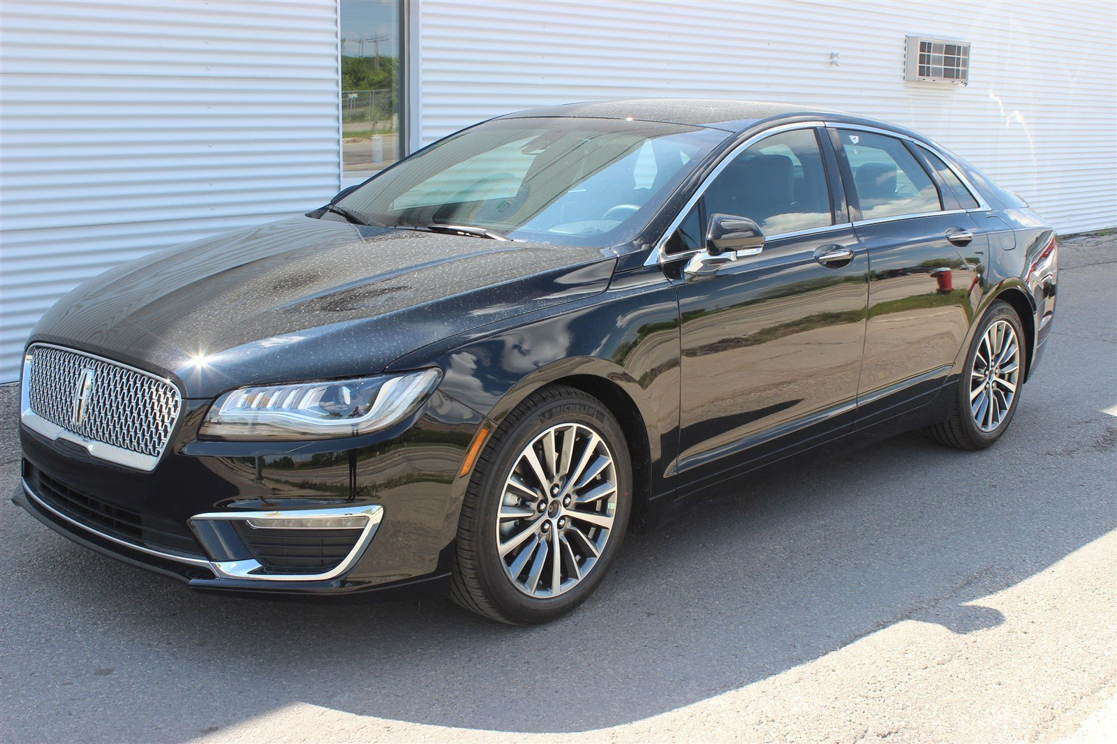 new 2017 lincoln mkz select awd 4 door sedan in regina p0413 capital lincoln